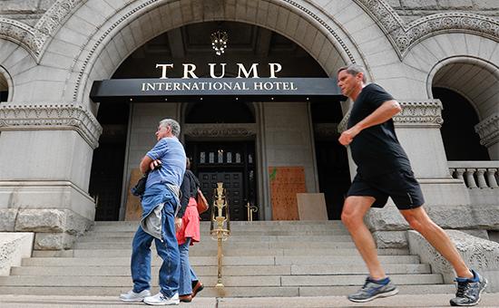 Группа адвокатов подала иск кТрампу онарушении Конституции