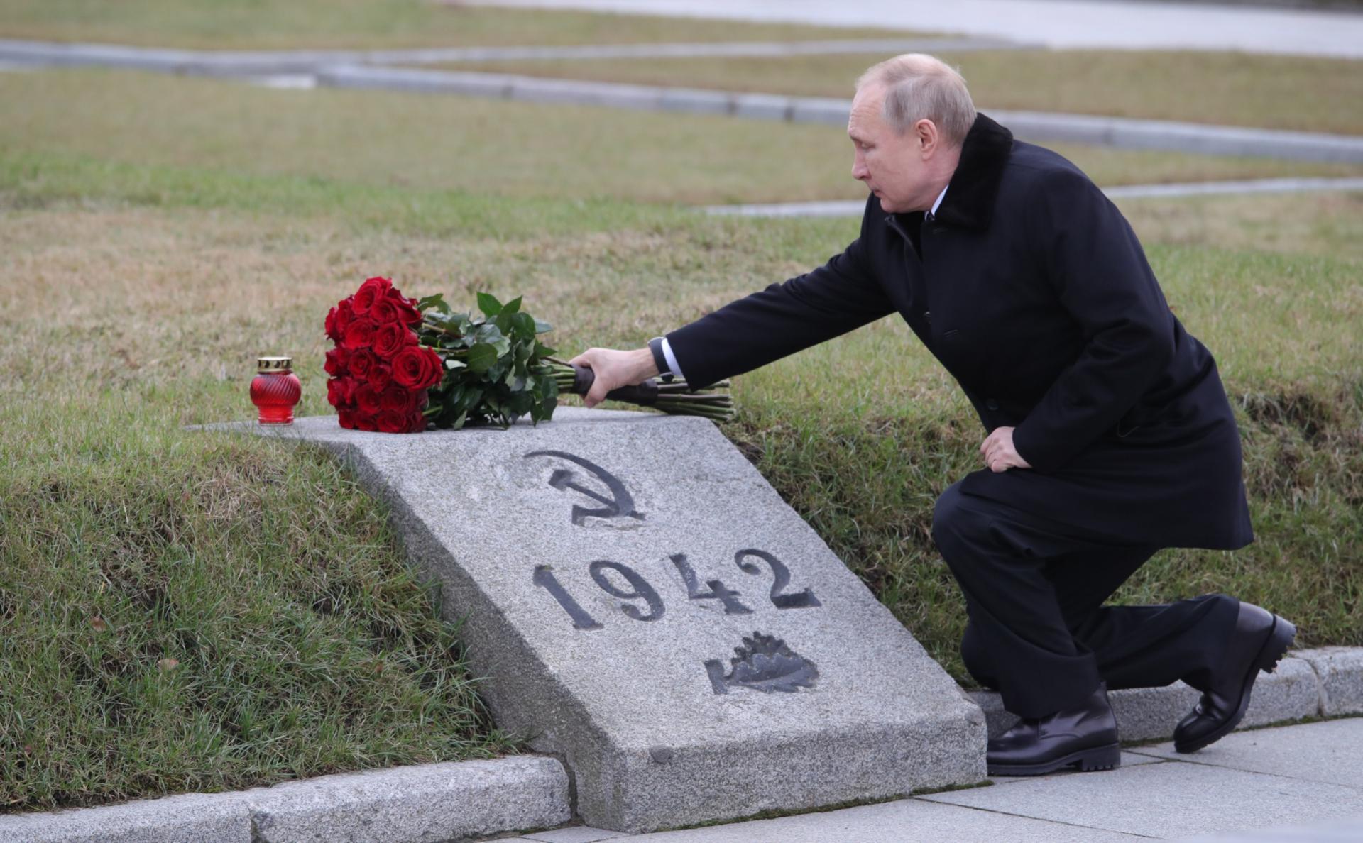 Путин пообещал выплатить ветеранам по ₽75 тыс. к 75-летию Победы