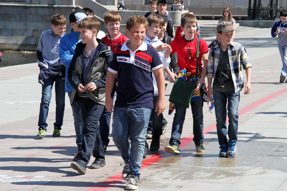 В безопасность школьников на дорогах Средний Урал вложит 764 млн рублей