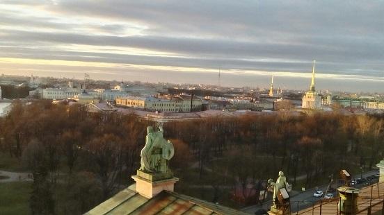 Петербург за пять минут: бизнес «Зенита» и аресты чиновников