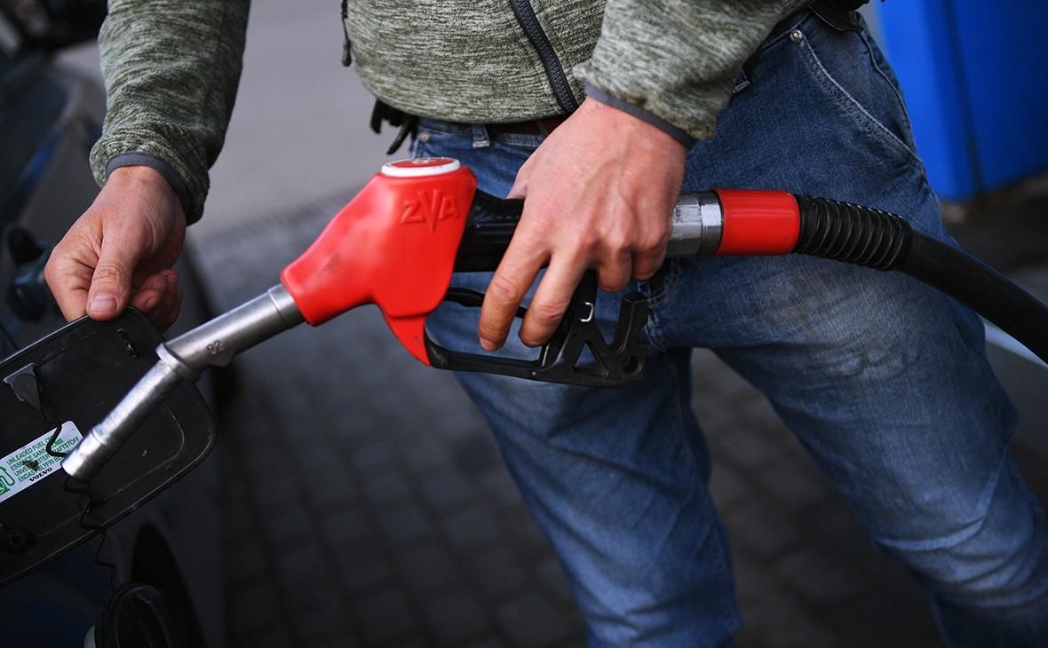 Нефтяники попросили правительство удвоить субсидию для бензина