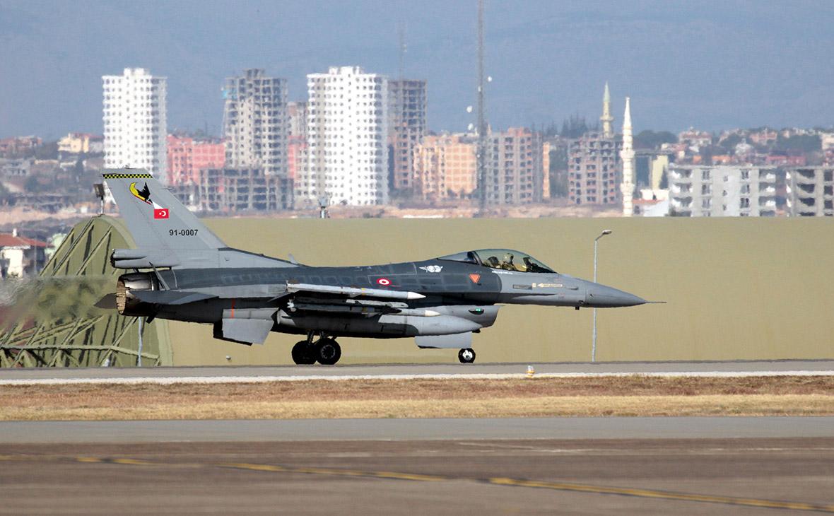 СМИ узнали о планах Турции нанести авиаудар по курдам в Сирии