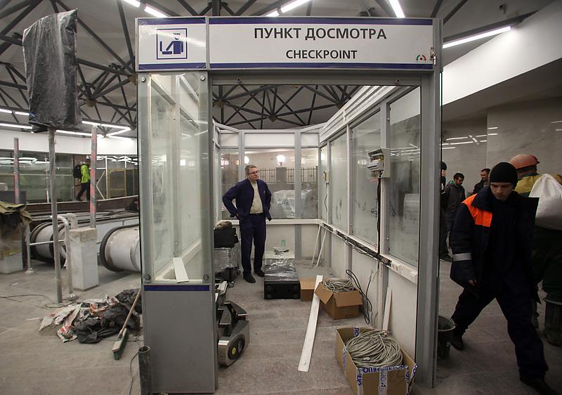Депутаты просят отменить абсурдные требования безопасности в метро