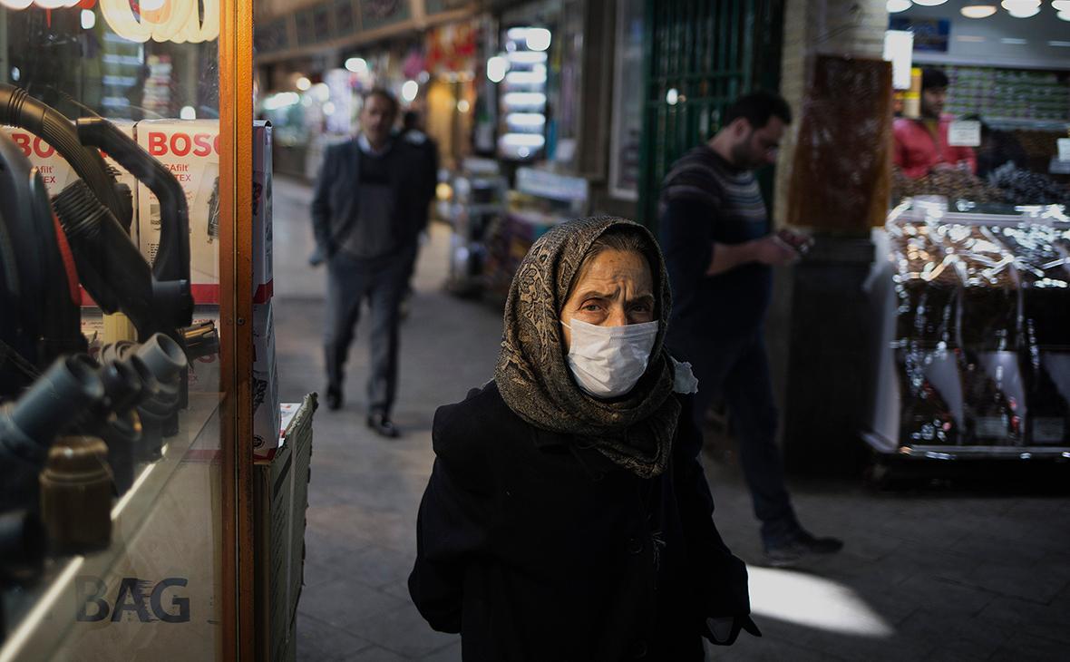 В Иране число зараженных коронавирусом превысило 2,3 тыс. человек