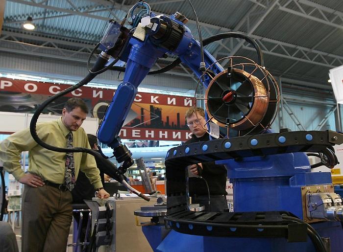 Роботы начали промышленную революцию в Петербурге