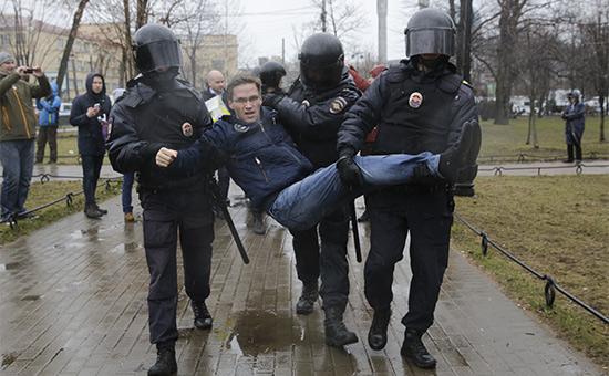 В Петербурге наакции «Открытой России» прошли массовые задержания