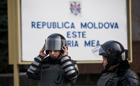 В Молдавии пятерых российских дипломатов объявили персонами нон грата