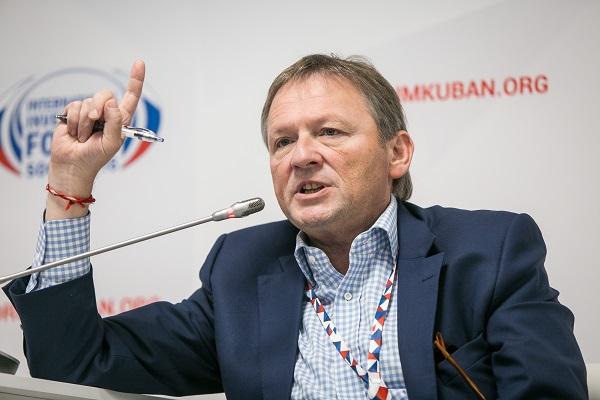 Борис Титов - РБК Тюмень: 20 млн человек занимаются бизнесом в тени
