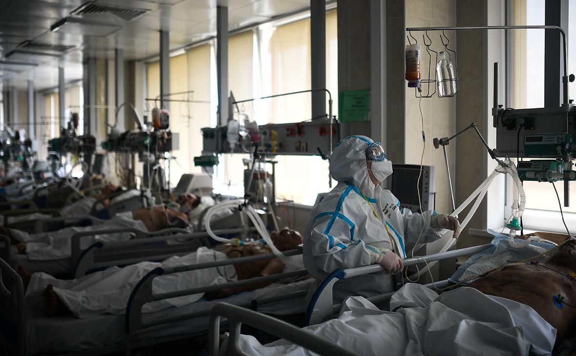 В России третий день подряд выявили менее 8 тыс. зараженных коронавирусом
