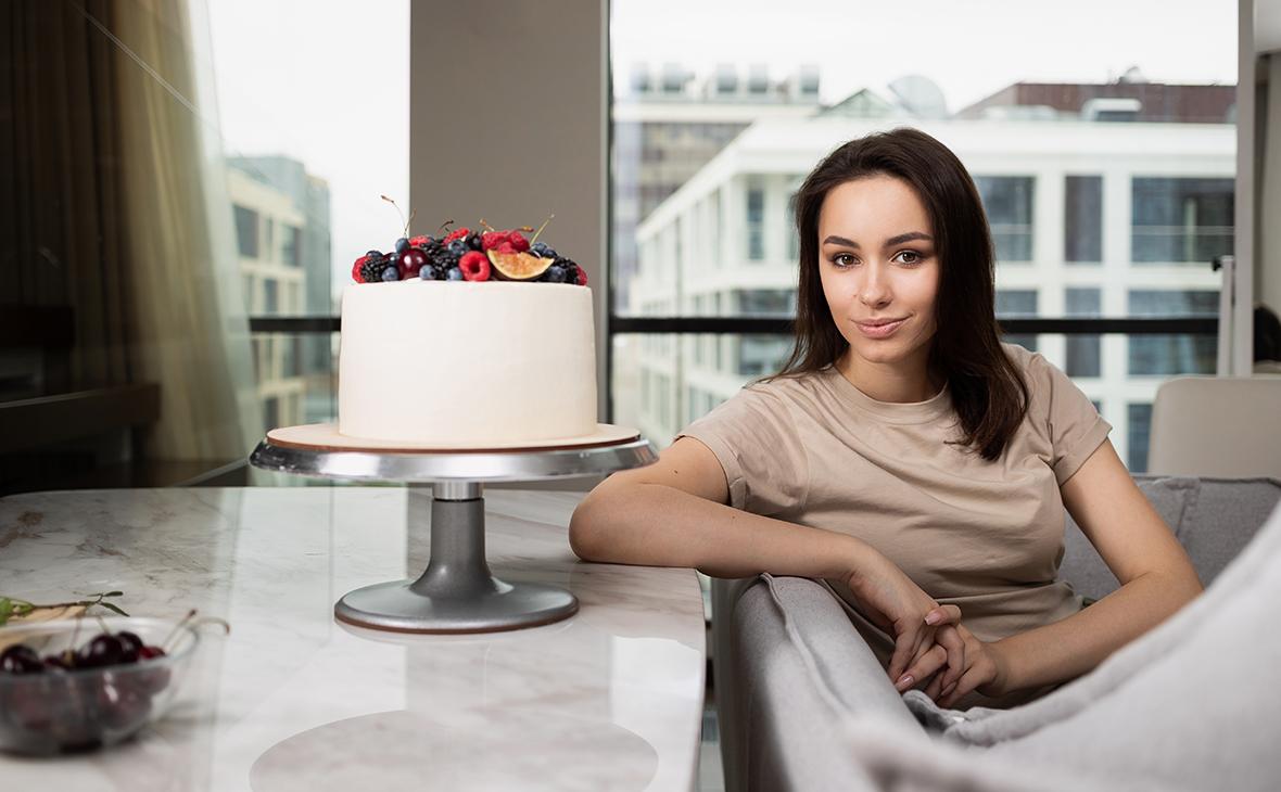 На десерт: как заработать миллионы на кондитерских курсах в интернете