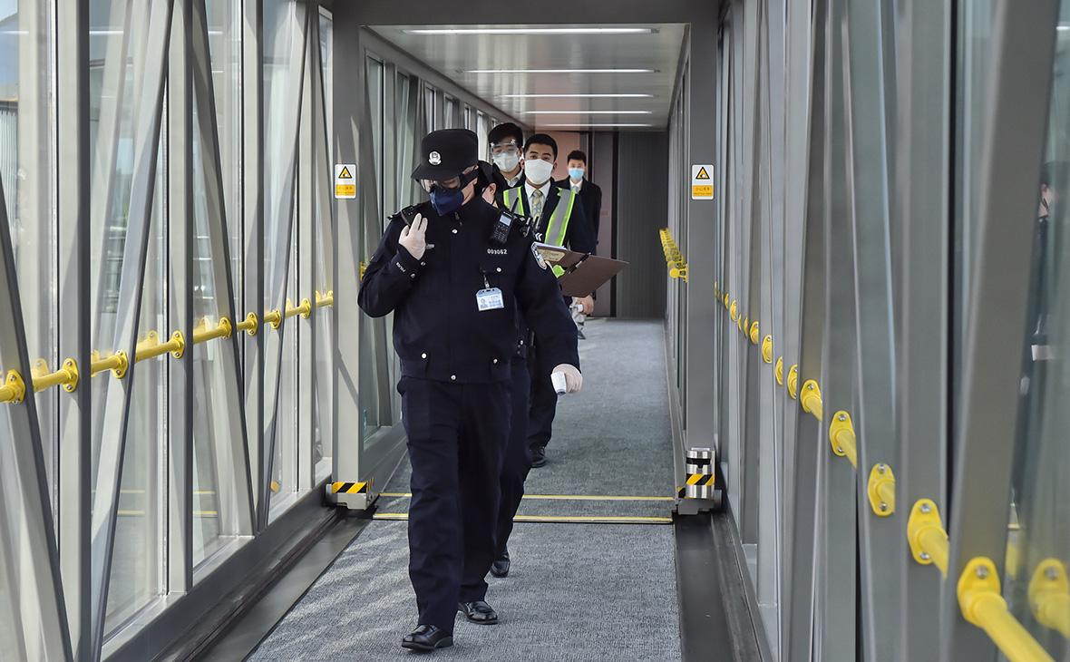В Пекине с рейса «Аэрофлота» сняли иранца с подозрением на коронавирус