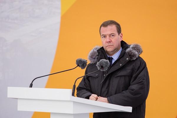 Медведев рассказал об изменении налогообложения для нефтяников