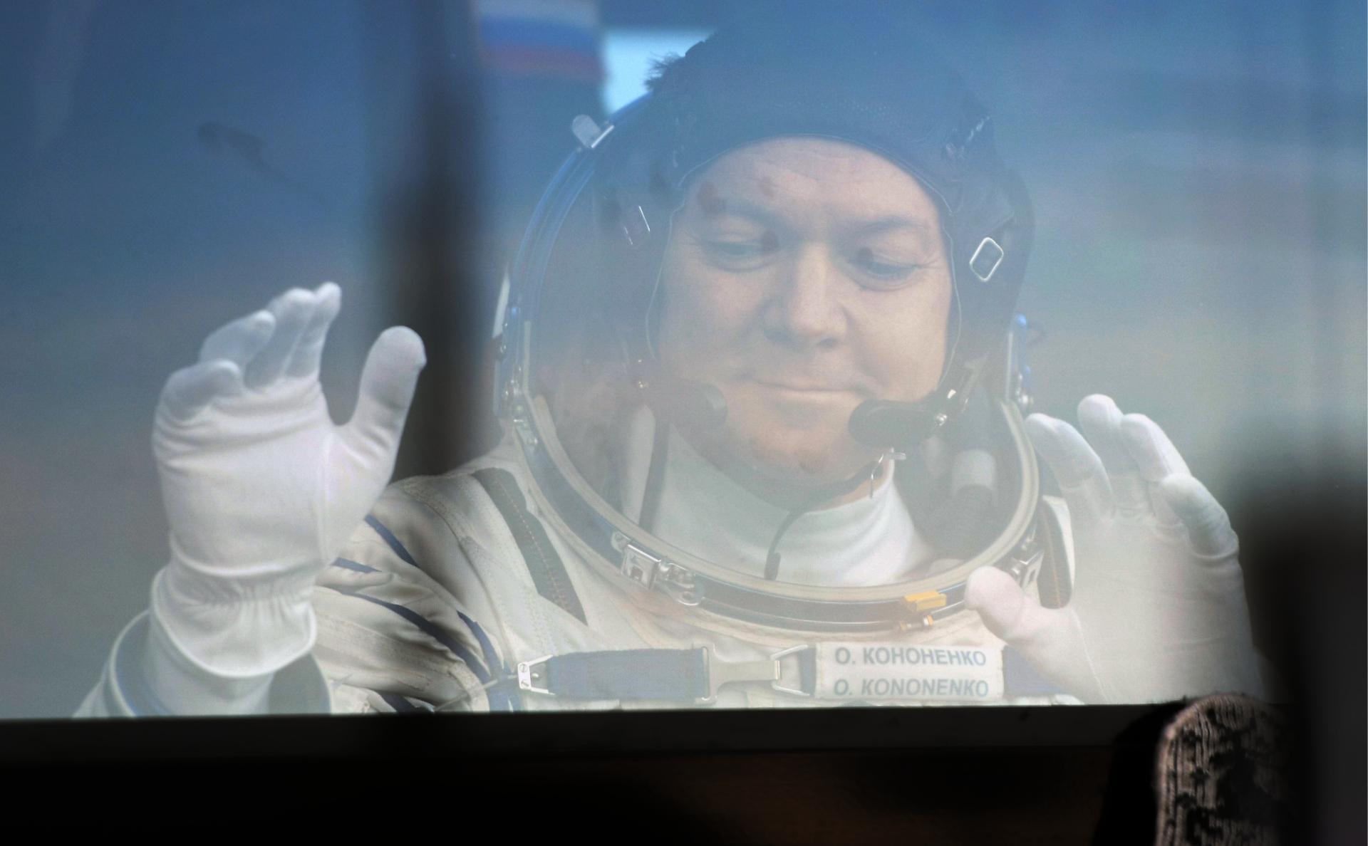 Космонавты нашли отверстие в корпусе «Союза»