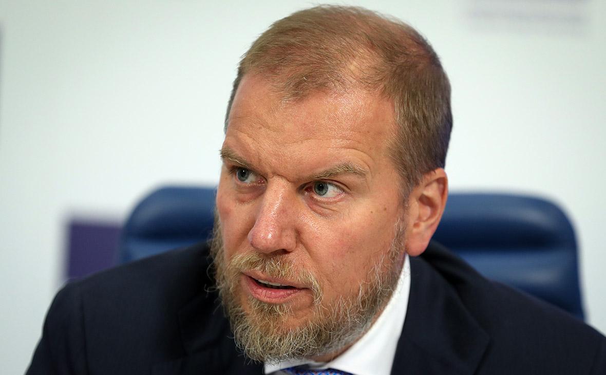 Алексей Ананьев вернулся в Россию для переговоров о продаже «Возрождения»