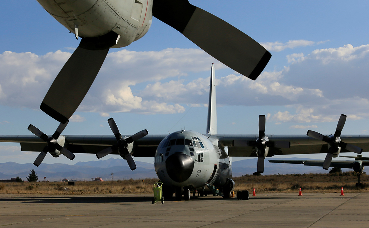 Минобороны предложило США дать пилотам карты с верными границами России
