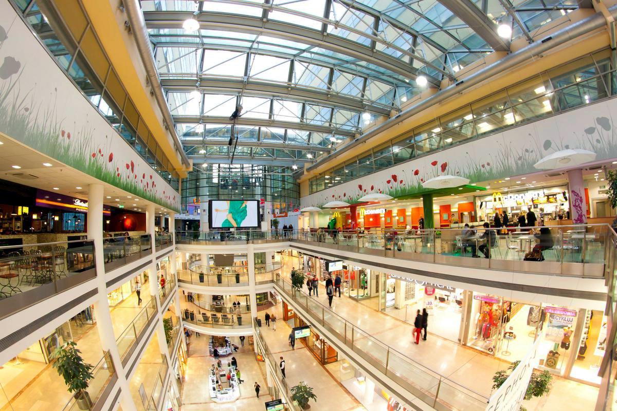 Сильные морозы ударили по выручке торговых центров Татарстана