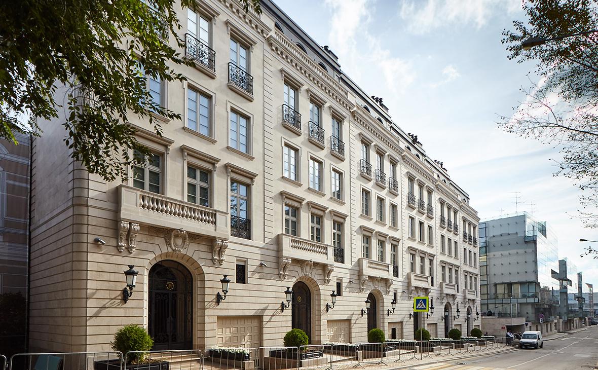 Стали известны покупатели самых дорогих квартир в Москве