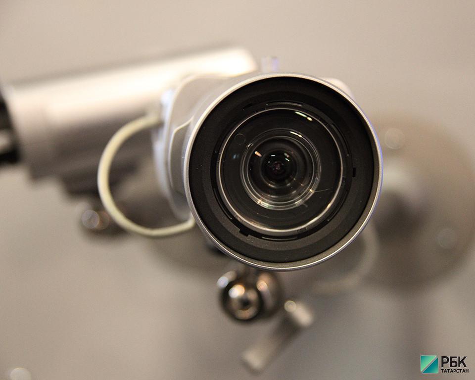 Около 300 новых видеокамер будут следить за порядком в Казани в 2017 году