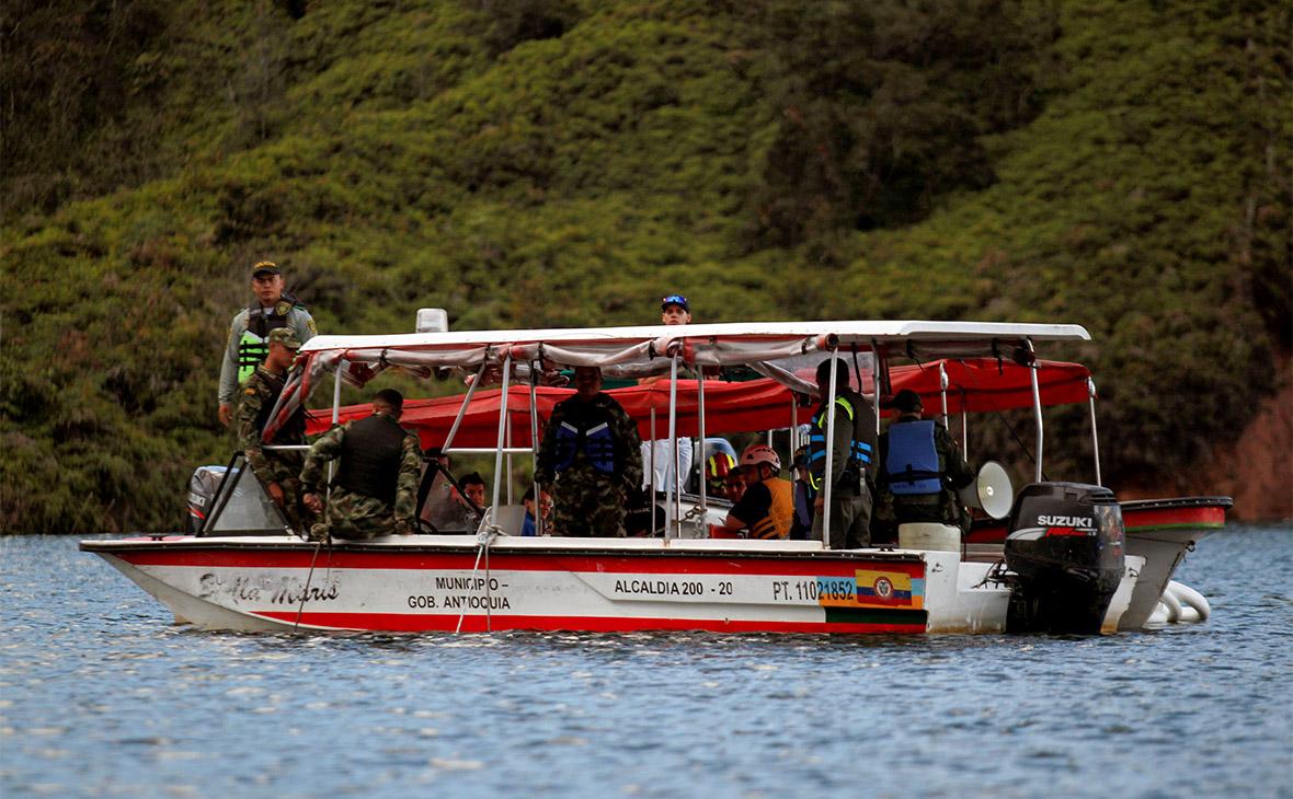 Число жертв на затонувшем в Колумбии судне с туристами выросло до девяти