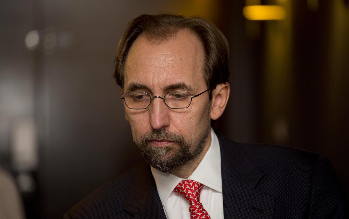 Комиссар ООН по правам человека уйдет из-за неготовности встать на колени