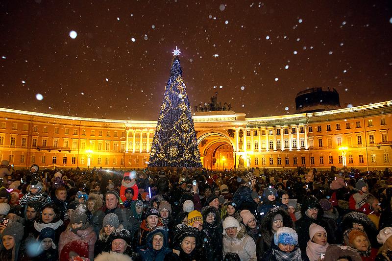 Туроператоры о новогоднем туризме в Петербурге: такого еще не было