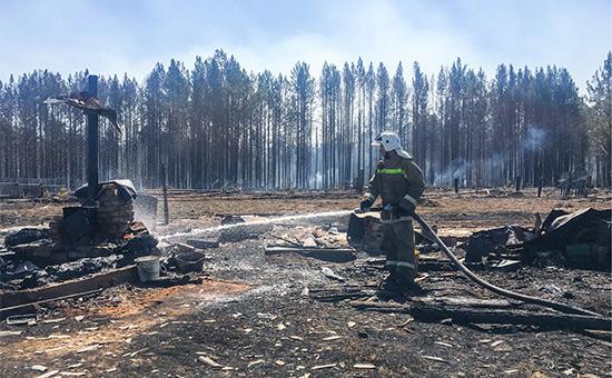 МЧС возложило вину засгоревшую деревню подИркутском наместного жителя