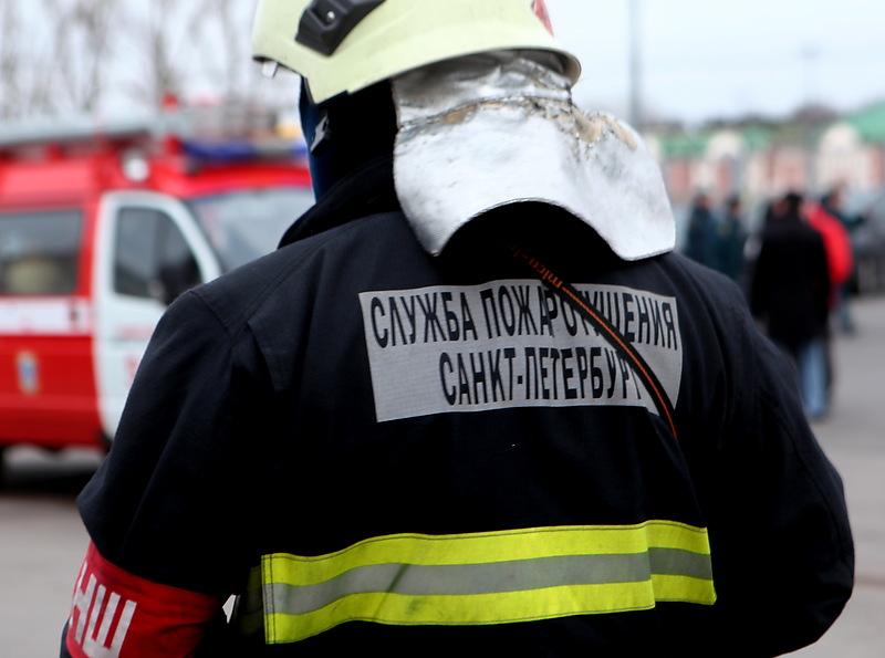 В Петербурге загорелась новогодняя ярмарка