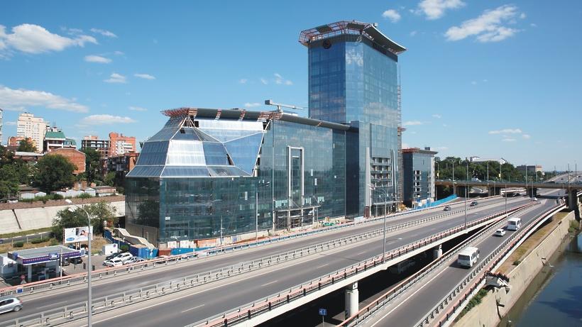 Комплекс Sheraton в Ростове пообещали достроить в мае 2018 года