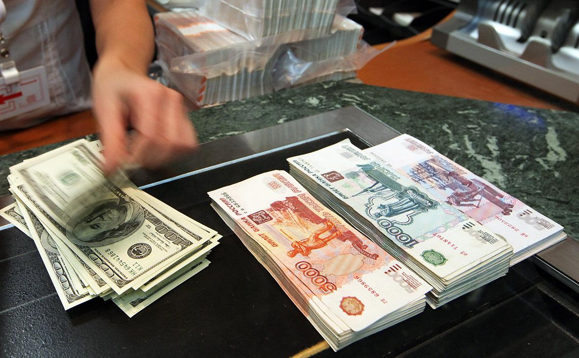 Россиянина оштрафовали на 30 млн руб. из-за двойных санкций США и ФНС