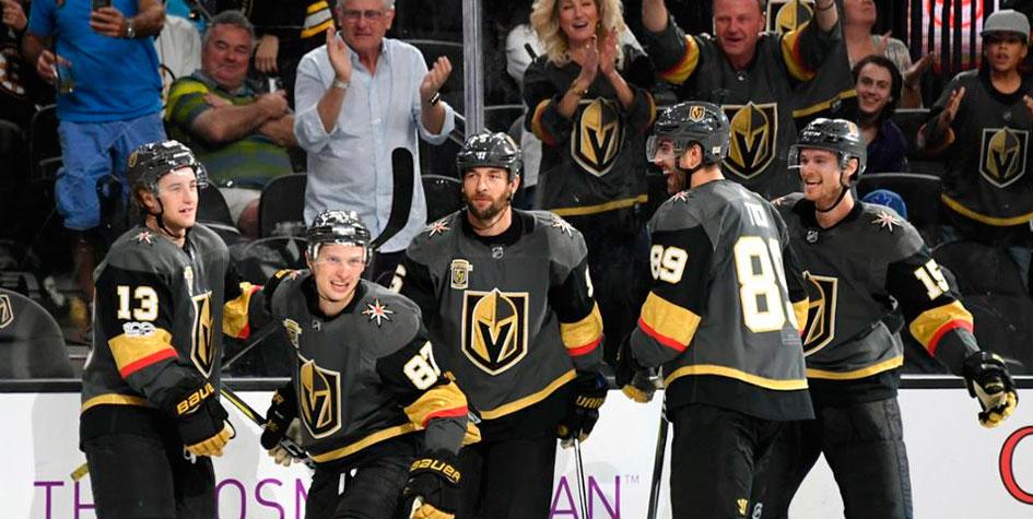 Новичок НХЛ установил рекорд благодаря голу Вадима Шипачева