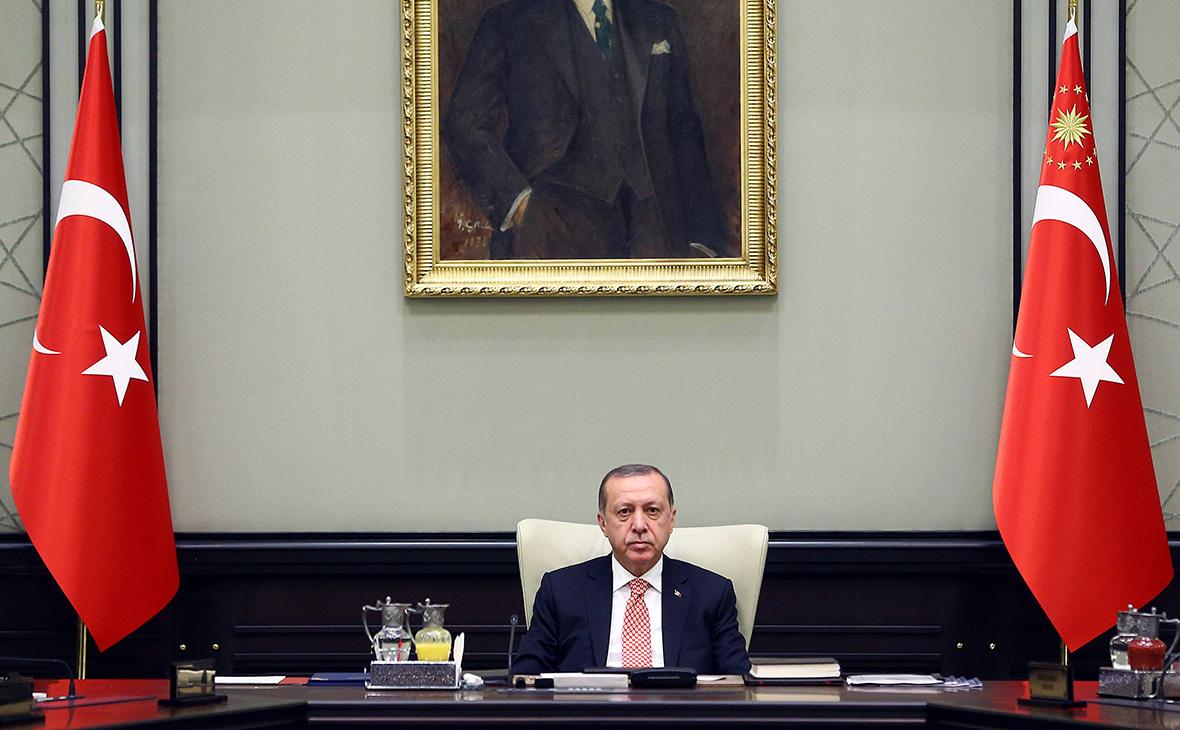Власти Турции продолжают угрожать Иракскому Курдистану – голодом, блокадой и перекрытием нефтепровода
