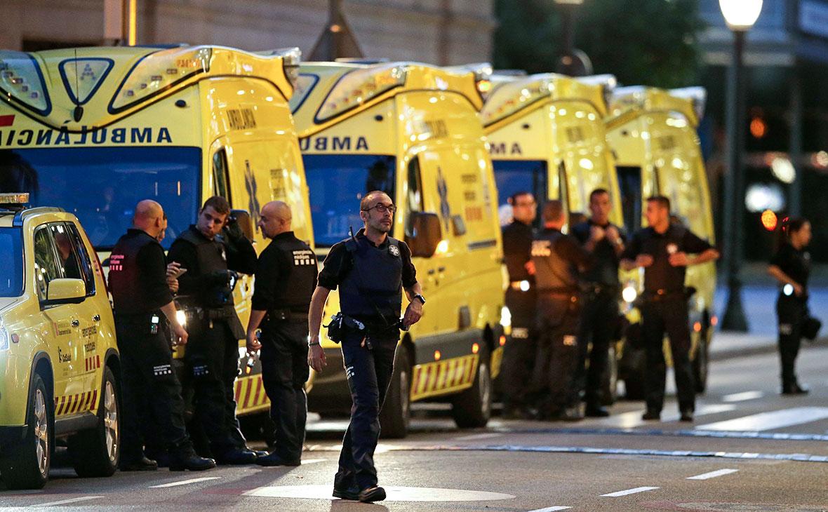 Серия терактов в Испании: полиция проводит операцию против боевиков ИГ, атаковавших Барселону и Каталонию