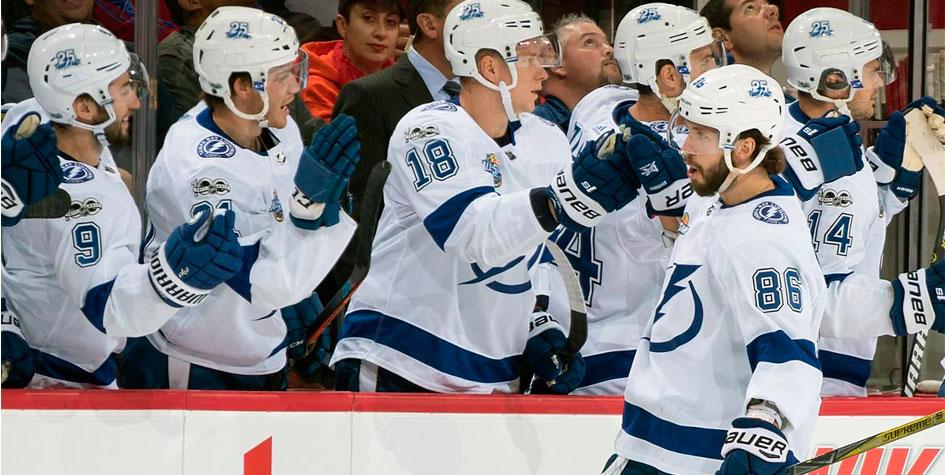 Российские хоккеисты признаны главными звездами дня в НХЛ