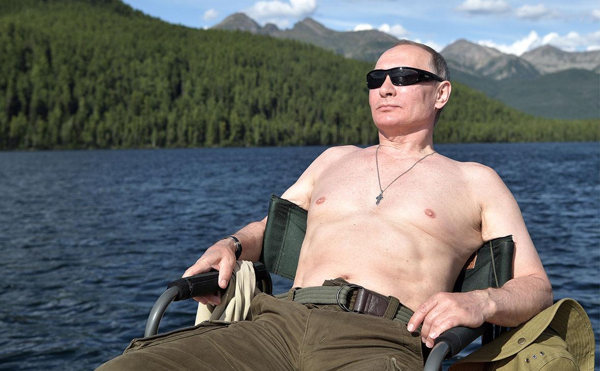 Весь мир обсуждает, как Владимир Путин был на рыбалке в Туве
