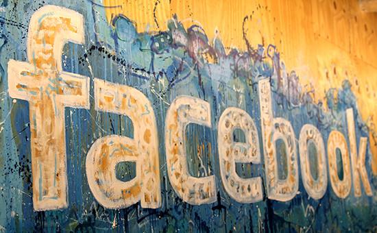 К Facebook подали иск из-за опасений в усилении контроля Цукерберга