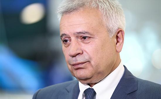 Вагит Алекперов—РБК: «У нефтяников сейчас неостается никаких денег»