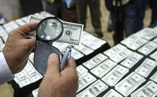 Прощание с Франклином: зачем хотят запретить банкноты в $100