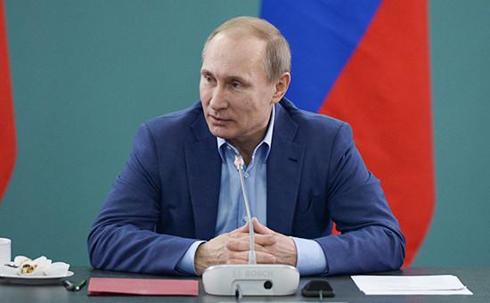 Путин рассказал о плюсах для экономики России от снижения цен на нефть
