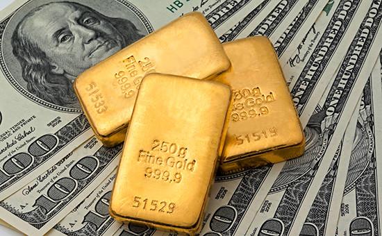 Золотовалютные резервы Китая пережили рекордное падение поитогам года