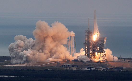 SpaceX первой в истории повторно запустила ракету в космос