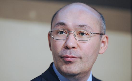 Назарбаев уволил главу Нацбанка после падения доверия к тенге