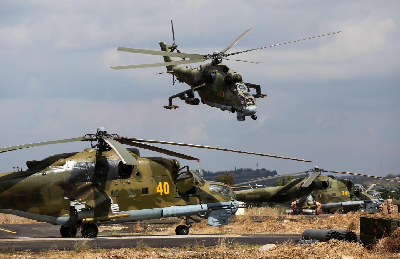 Правозащитники сообщили осбитом российском вертолете вСирии