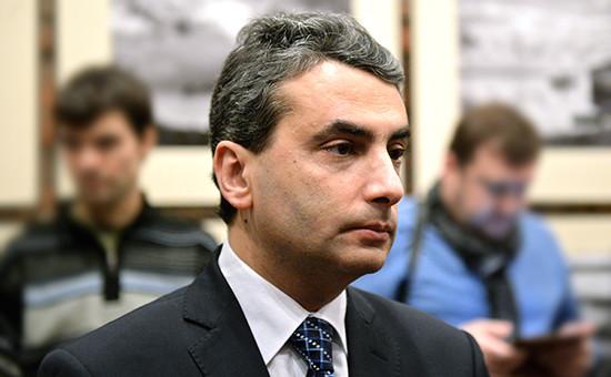 Рассказавшего о гибели псковских десантников депутата лишили мандата