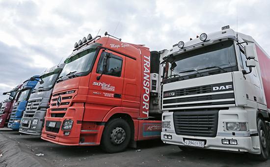 Перевозчики пожаловались Медведеву на высокие штрафы для грузовиков