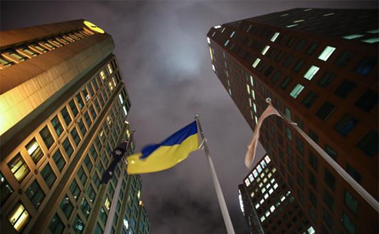 Кредиторы потребовали пересмотра условий реструктуризации долга Украины