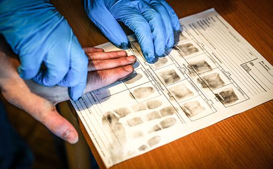 ОП предложила снимать отпечатки у граждан ЕС и США при въезде в Россию