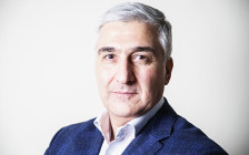 <p>Виктор Тополкараев</p>  <p></p>