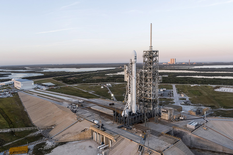 SpaceX впервые повторно запустила ракету на орбиту с успехом