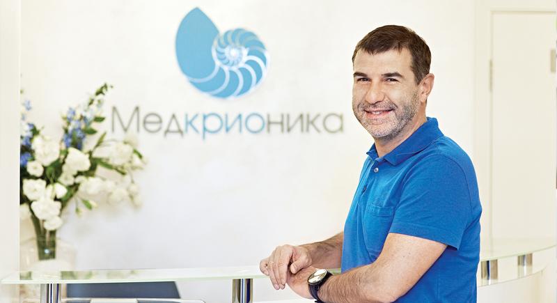 Актер, писатель, драматург Евгений Гришковец, приезжая с гастролями в Нижний Новгород, не пропускает посещения криосауны в клинике «Медкрионика».