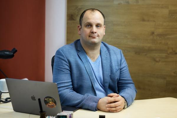 Дмитрий Петров (Комфортел)
